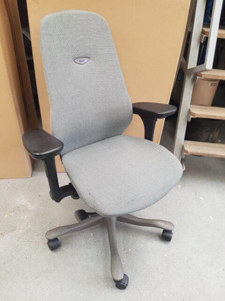 chaise à roulettes KINARPS
