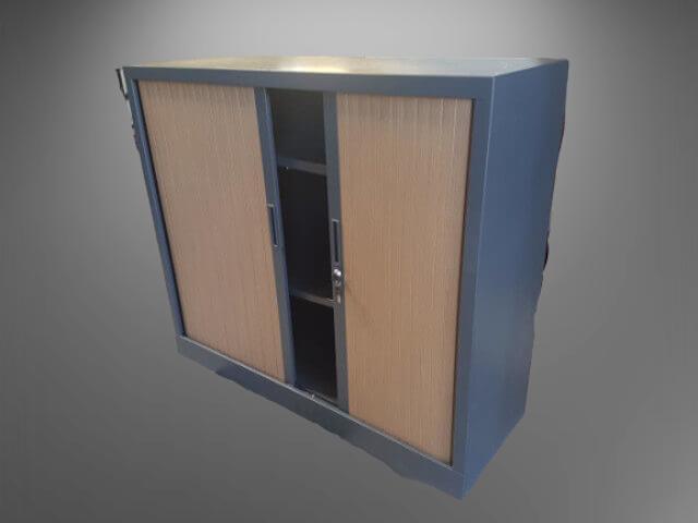 armoire basse L120 H100 graphite rideaux chêne foncé