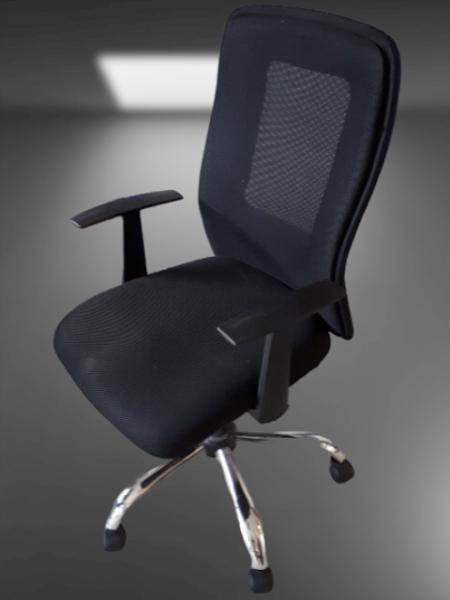 chaise à roulettes dossier résille noir