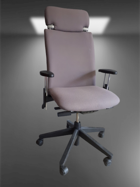 chaise à roulettes tissu marron clair