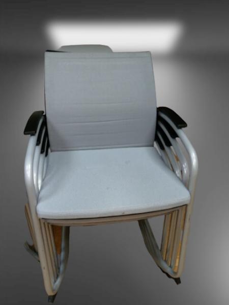 chaise pied luge tissu gris SEDUS