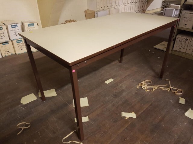 table l140p70 beige