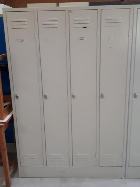 Bloc vestiaire 4 portes gris