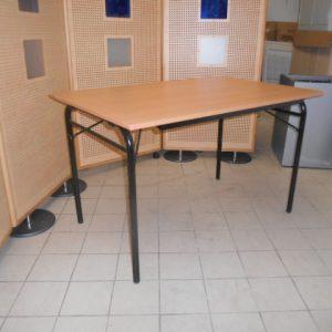 Z61.3 TABLE PLIANTE HETRE L120 P80 PIED NOIR