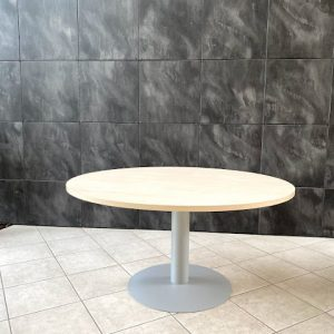 Z5.68 TABLE RONDE D140 HETRE CLAIR PIED CENTRAL METAL GRIS