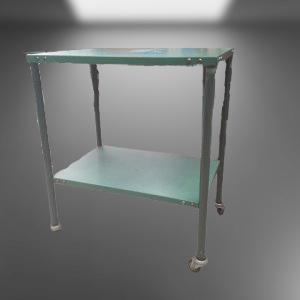 Z68.7 TABLE DESSERTE A ROULETTES P37 L55 H65 METAL VERT 2 ETAGES