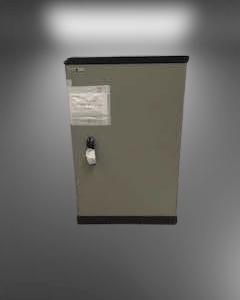 Z180.3 COFFRE FORT BAS H105 L66 P50 (POIDS 300KG)